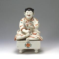 色絵碁盤童子置物(柿右衛門様式)
