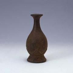 焼締蓮座文台付瓶(瓶子)