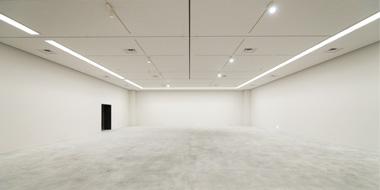 美術館展示室(写真は4号展示室)
