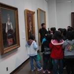 西与賀小学校3年生が特別展「近代との遭遇」を見学