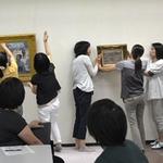 先生のための博物館・美術館講座「うつくしくかざる-作品展示のコツを知ろう!-」がありました
