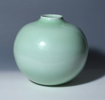 青磁花瓶(石橋國男氏)