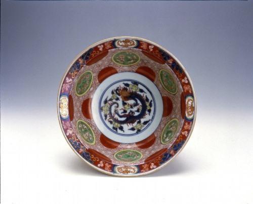 色絵赤玉雲龍文鉢