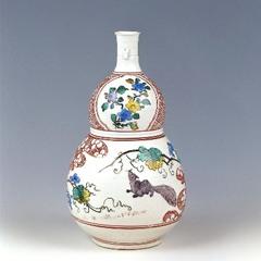 色絵葡萄栗鼠文瓢形瓶(五彩手)