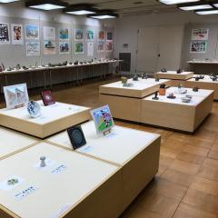 西松浦郡小・中学校学童美術展覧会が開催されています(~2/2)