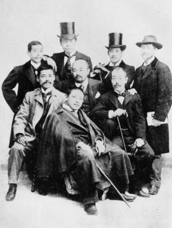 フランス留学中の岡田三郎助と仲間の洋画家たち