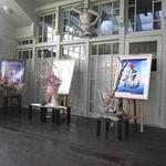 「カッティングアート(切絵)」と「いけばな草月流」コラボ展が岡田三郎助アトリエで開催中。(本日2月21日より4日間)