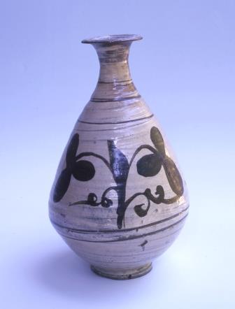 粉青沙器鉄絵草花文瓶