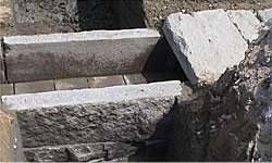 石組み井樋